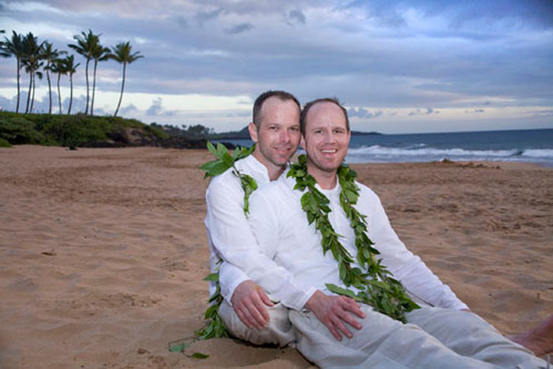 Let Hawaii Happen A Surprise Lgbt Wedding Photo Lgbt Hawaii